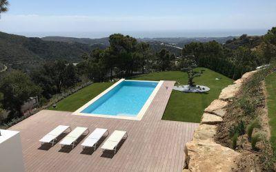 Pinsapo Garden cuida de tu piscina.
